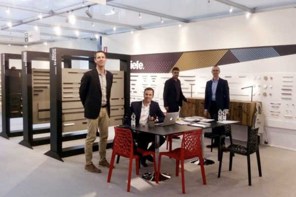 Sicam 2018 feria Viefe muebles y complementos. Trade fair of Exhibition of Components, Accessories, and Semi-Finished Products for the Furniture Industry