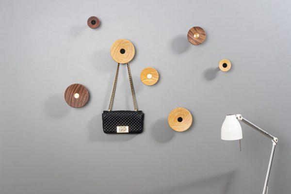 Zoot wall hook for bedrooms, office, dressing rooms, bathrooms and kitchen | Zoot colgador de pared para habitaciones, oficinas, vestidores, baños y cocinas | by Viefe